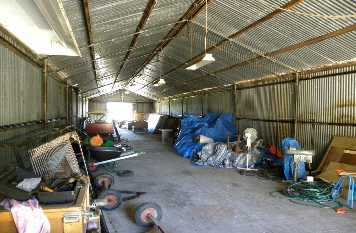 The Workshop with plenty of work to be done for a clean out